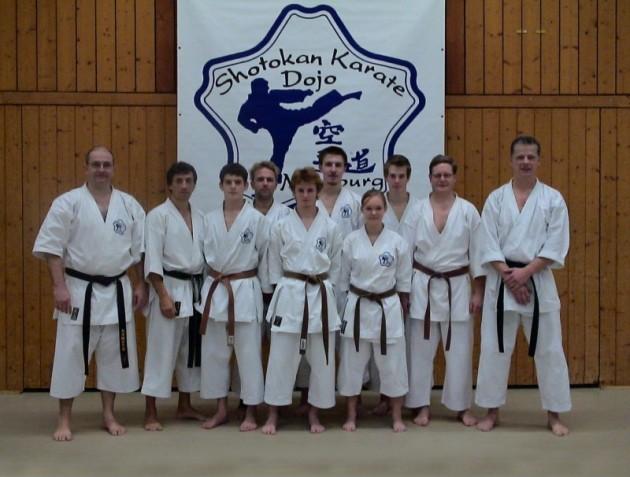 Dan Prüfungen Karate im Budocenter Steinen